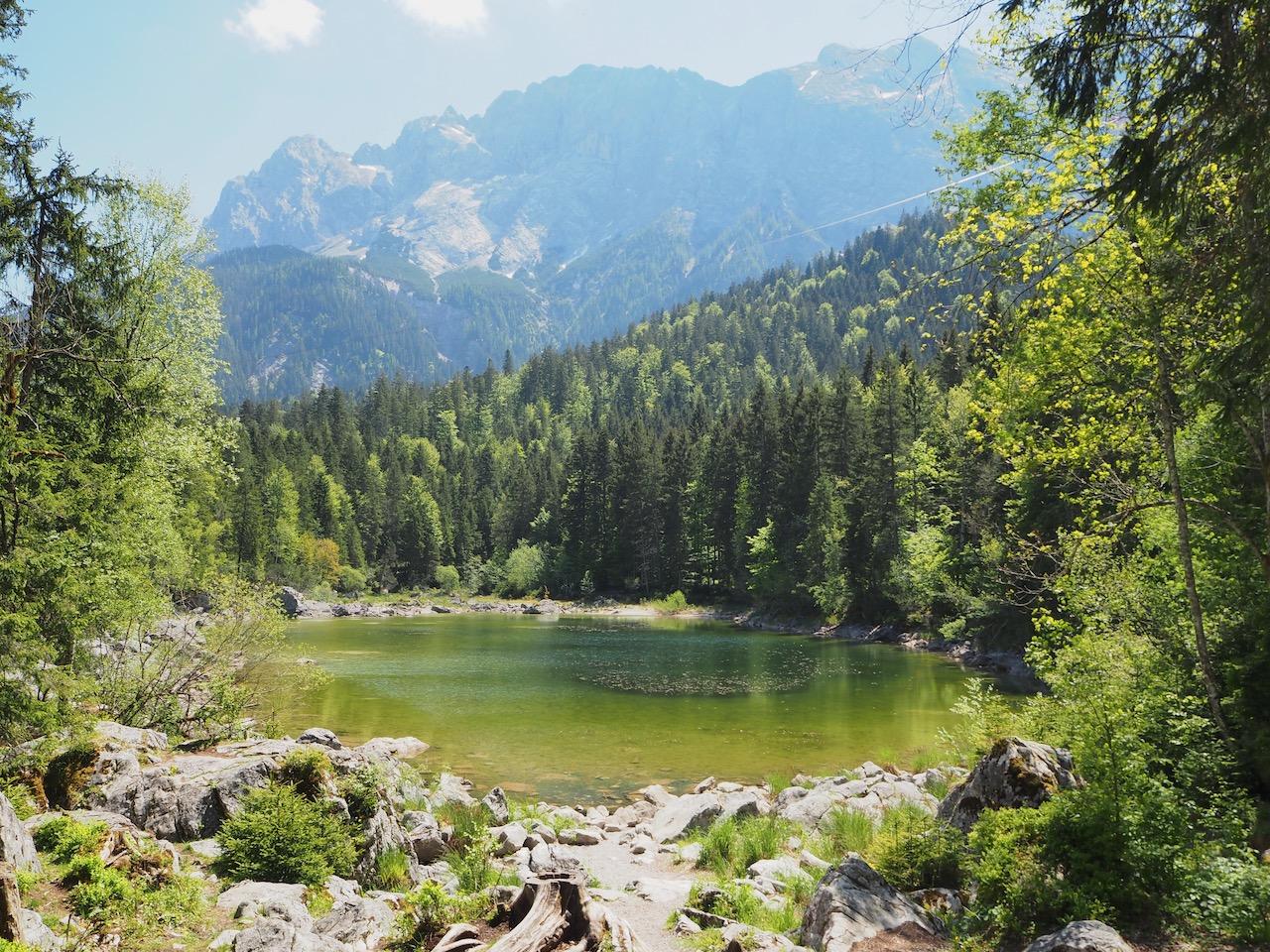 Frillensee mit Zugspitze im Hintergrund